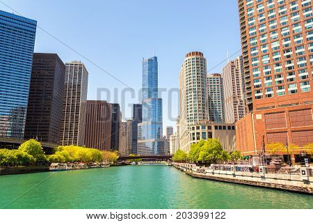 Skyscrapers in downtown Chicago as seen from the Chicago River