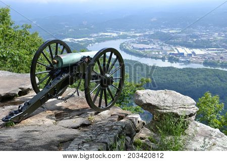 Civil war canons used in the battle of Chattanooga