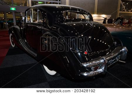 MAASTRICHT NETHERLANDS - JANUARY 08 2015: Oldtimer Jaguar Mark V Saloon 1949. Rear view. International Exhibition InterClassics & Topmobiel 2015