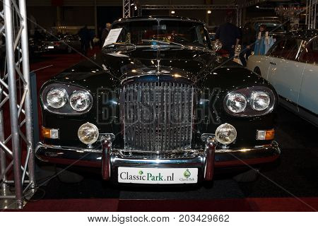 MAASTRICHT NETHERLANDS - JANUARY 08 2015: Full-size luxury car Bentley S3 Continental. International Exhibition InterClassics & Topmobiel 2015
