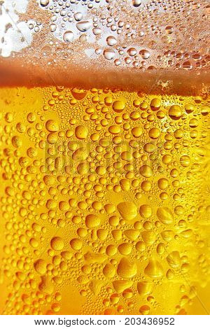 ripple water drops on a beer pint