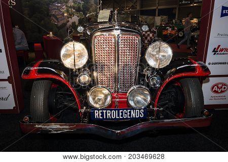 MAASTRICHT NETHERLANDS - JANUARY 09 2015: Oldtimer Auburn 8-100 Boattail Speedster Straight Eight 1931. International Exhibition InterClassics & Topmobiel 2015