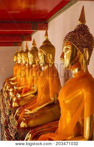 Sitting Buddha Statues In Wat Pho