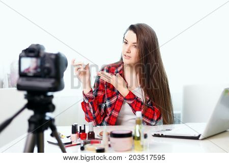 A Young Girl Blogger Writes A New Edition.beauty-blog.girl Beauty Blogger In Front Of The Camera.gir