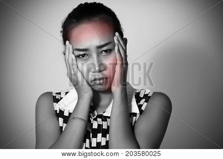 Asian Women There Are Many Have A Headache And  Toothache After Orthodontics On White Background