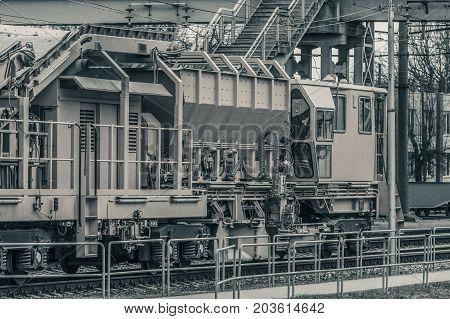 Industry Repair Train