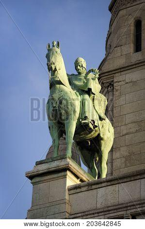 Statue Of Louis Ix In Monmartre