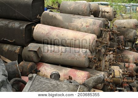 Pile of air tank wait for recycle