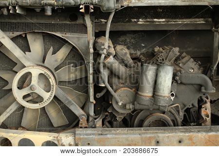 Damage engine of a truck wait for recycle