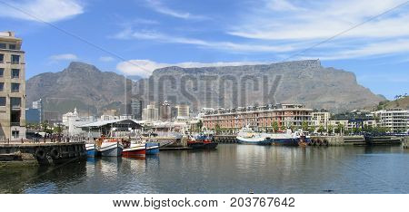 THE VICTORIA AND ALFRED WATERFRONT, CAPE TOWN, SOUTH AFRICA 42xz