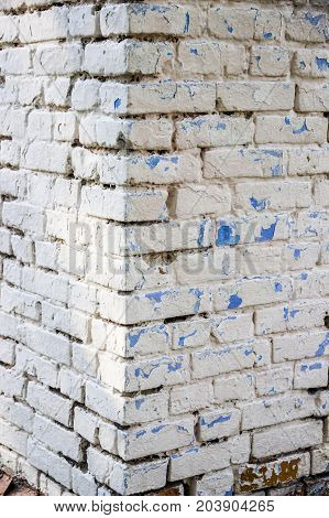close-up building corner of the white bricks