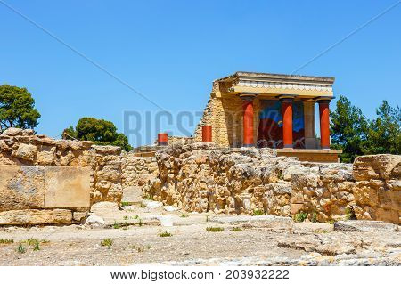 Scenic Ruins Of The Minoan Palace Of Knossos On Crete, Greece