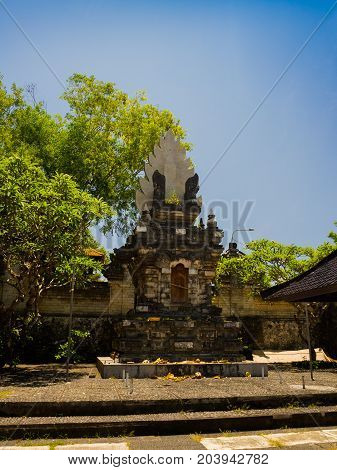 BALI, INDONESIA - MARCH 11, 2017: Entrance of an Indu temple in Ubud, in the island of Bali, located in Indonesia.