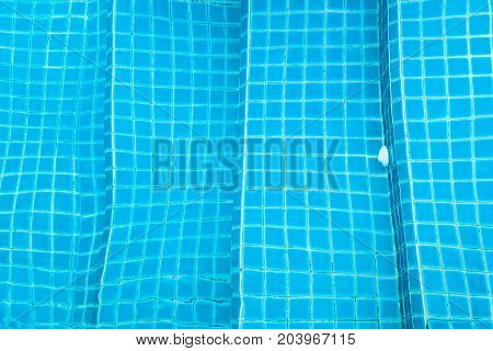 Design Of Stair In Swimming Pools