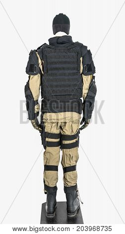 BA mannequin dressed in military clothing and an unarmed vest. ulletproof vest body armor covers Camouflage