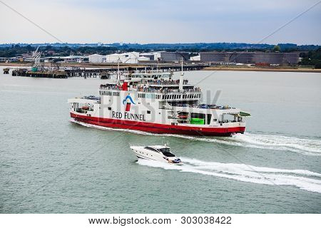 Southampton, England - September 18, 2016:  Red Funnel, Is A Ferry Company That Carries Passengers,