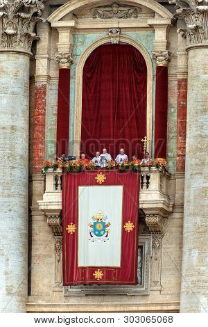 Vatican City, Rome - April 21, 2019: Easter, Message Of Pope Francis And Blessing Urbi Et Orbi, Afte