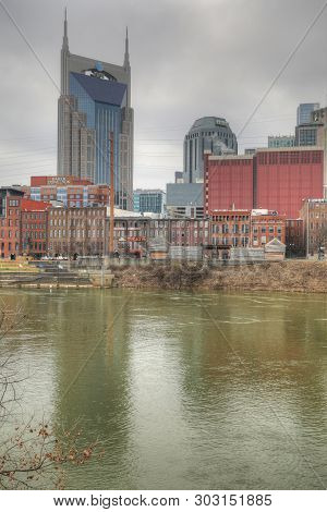 Nashville,tennessee/united States - January 10: A Vertical Of The Nashville, Tennessee Skyline [janu