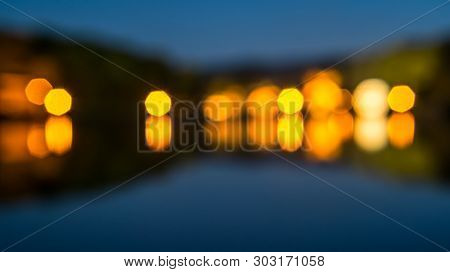 De Focused, Blurred Image, Light Bokeh Effect