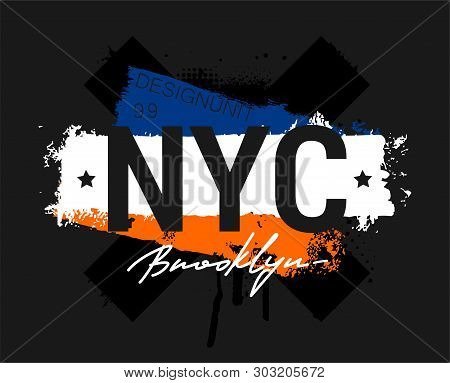 T-shirt - New York City And Apparel Abstract Design. Print With Traces Of Paint And The Words New Yo
