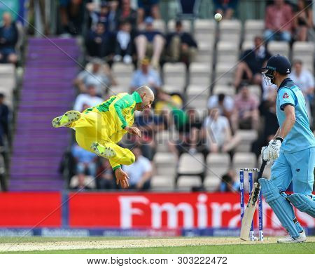 SOUTHAMPTON, ENGLAND. 25 MAY 2019: Nathan Lyon of Australia fails to hold onto a return catch during the England v Australia, ICC Cricket World Cup warm up match,