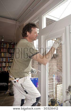 Painting window