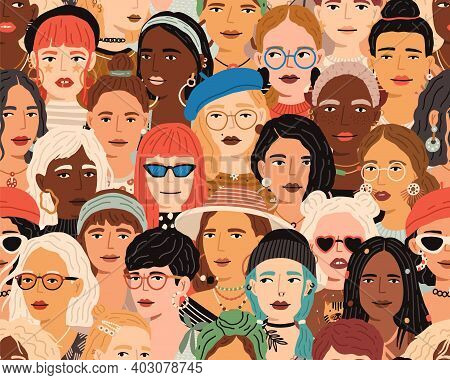 Seamless Pattern With Diverse Female Faces. Crowd Of Fashionable And Stylish Modern Women. Colorful