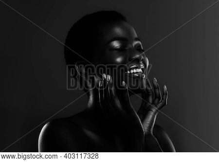 Bw Portrait Of Sensual Beautiful African American Female Model Touching Face, Having Short Hair And