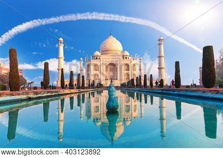 Beautiful Taj Mahal In Agra, Uttar Pradesh, India