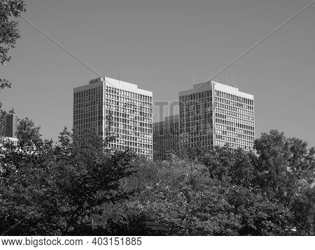 Image Of The Society Hill Towers In Philadelphia.
