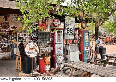 Arizona, Usa - April 2, 2014: Old Gas Station At U.s. Route 66 In Arizona. The Famous Road Led From