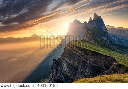 Breathtaking Alpine Highlands In Sunny Day. Impressively Beautiful Odle Mountain Range, Seceda Peak
