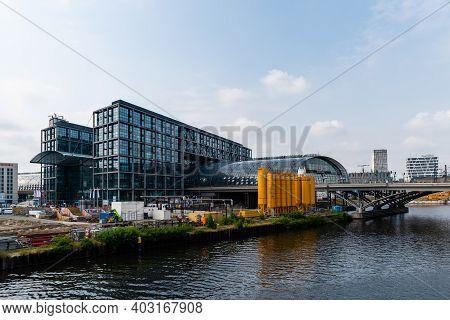 Berlin, Germany - July 30, 2019: Central Train Station In Berlin. Berlin - Hauptbahnhof. Modern Glas