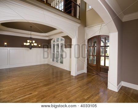Luxury Grande Arch Entrance