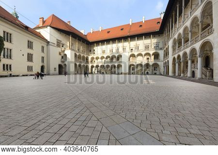 Krakow, Poland - January 10, 2021 : Arcaded Courtyard Of 13th Century Wawel Royal Castle On Wawel Hi