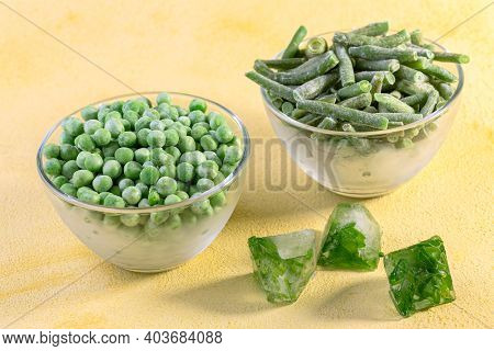 Quick-frozen Green Peas And String Beans.
