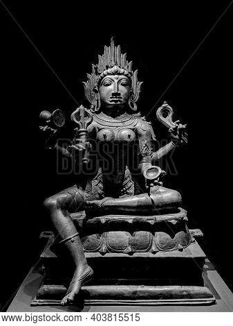 Black And White Goddess Kali Stone Sculpture