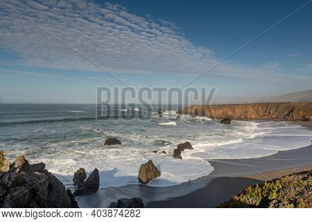 Landscape View Of Sonoma Coast In California, Usa, Seen From Near The Schoolhouse Beach Parking Lot,