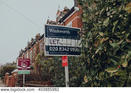 London, Uk - January 01, 2021: To Let Board By Winkworth Outside A House In Muswell Hill, North Lond
