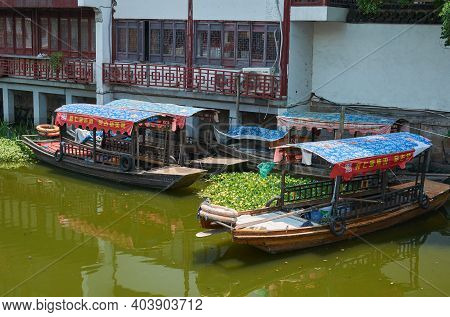 Fengjing, Shanghai, China - July 28, 2015: Canals Of Fengjing Ancient Town, Old Town In Shanghai, Ch