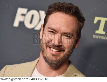 LOS ANGELES - FEB 06:  Actor Mark-Paul Gosselaar arrives for FOX Winter TCA 2019 on February 06, 2019 in Los Angeles, CA