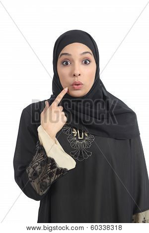 Arab Saudi Emirates Woman Gesturing Oops