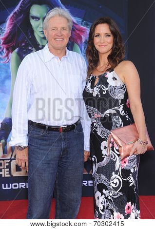 LOS ANGELES - JUL 21:  Bruce Boxleitner & Verena King arrives to the