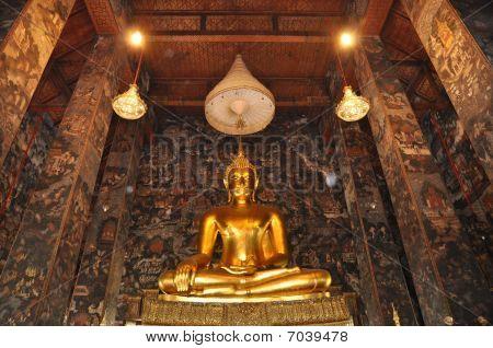 Gold Buddha Grand Hall
