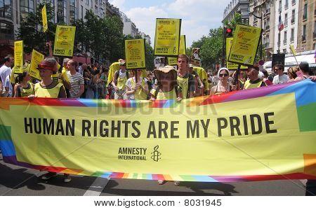 Amnesty International At Paris Gay Pride 2010