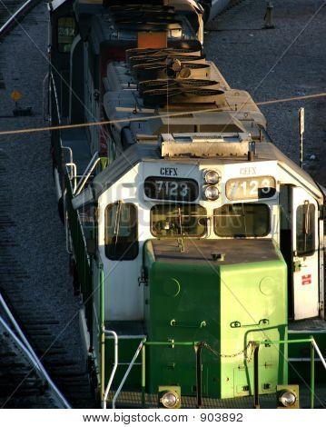 Deisel locomotiva e o trem