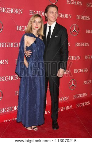 PALM SPRINGS - JAN 2:  Zoe Kazan, Paul Dano at the 27th Palm Springs International Film Festival Gala at the Convention Center on January 2, 2016 in Palm Springs, CA
