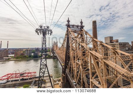 Roosevelt Island And Ed Koch Queensboro Bridge View From Roosevelt Tram.
