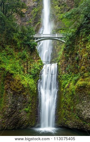 Famous Multnomah Falls In Columbia River Gorge, Oregon