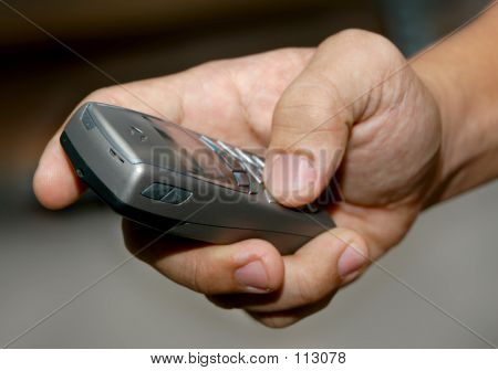Hand & Mobile